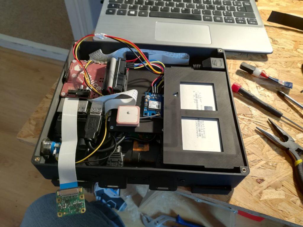 Boitier ordinateur ouvert impression 3D